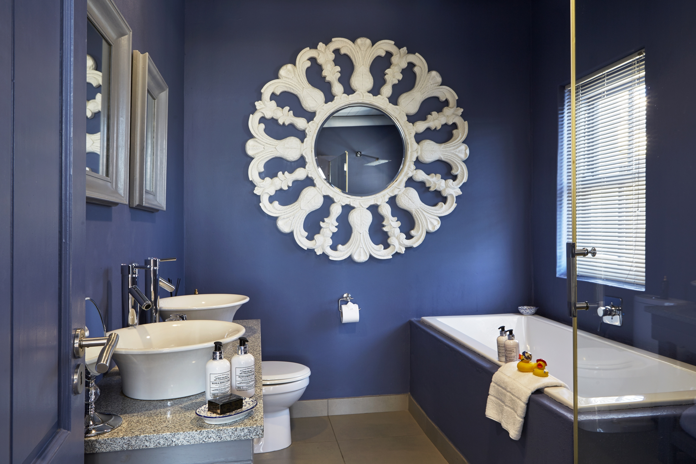 En Suite Bathroom South Africa: South Of AfricaSouth Of Africa
